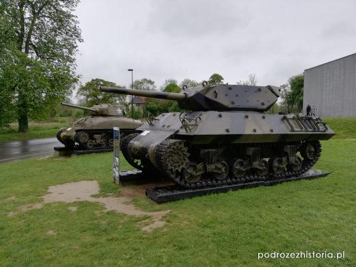 M32B1 Sherman TRV, M10 Wolverine, Sexton, M4A1 Sherman